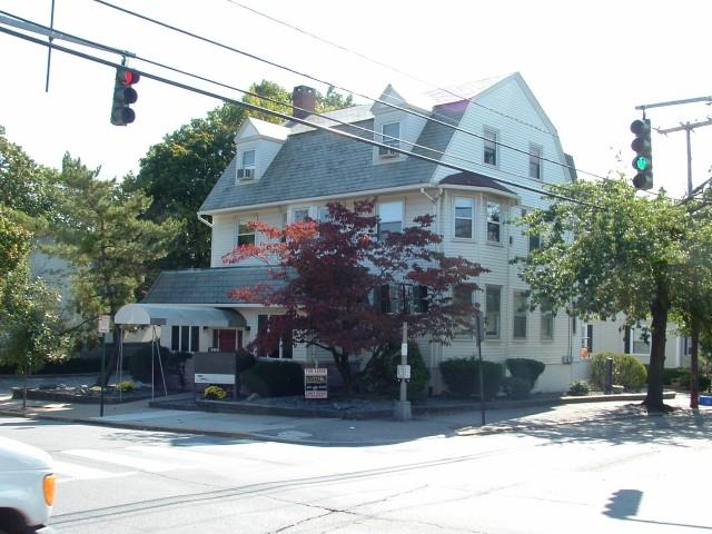 265 Waterman Avenue