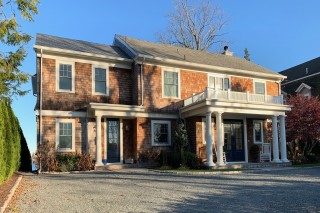 52 Fort Avenue, Cranston, RI